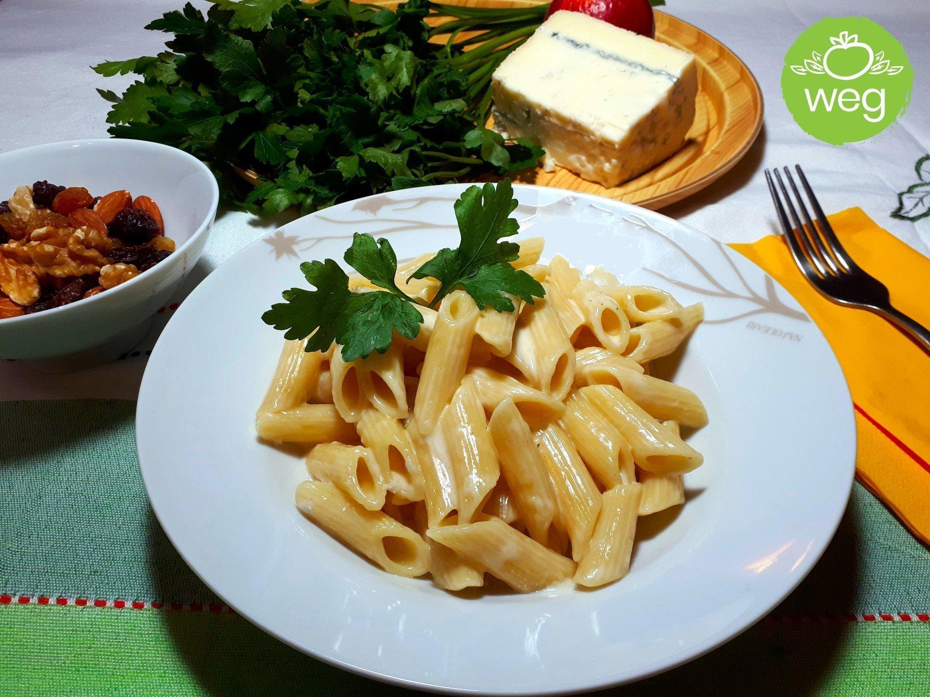 makaron z serem pleśniowym