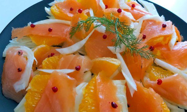 Sałatka z łososiem i pomarańczą