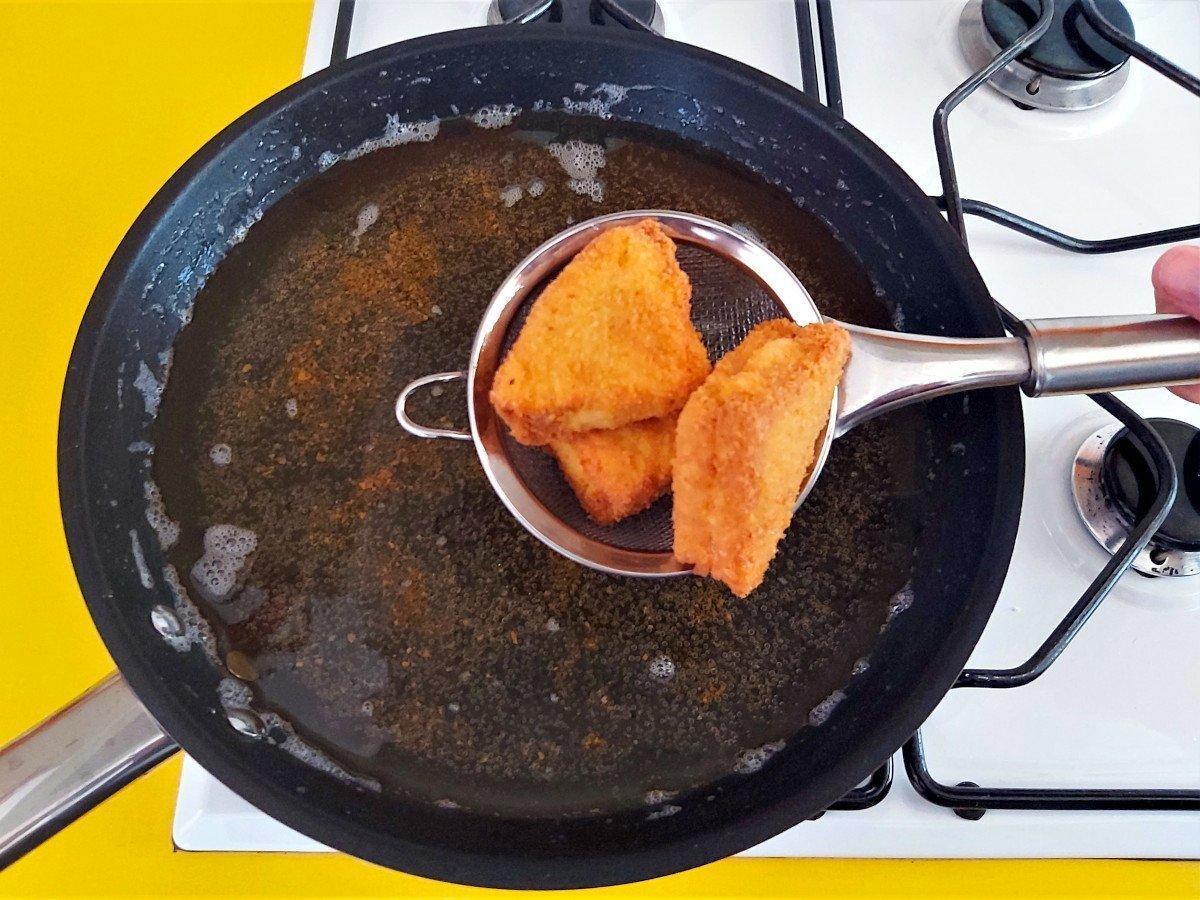 mozzarella in carrozza wyciąganie tostów