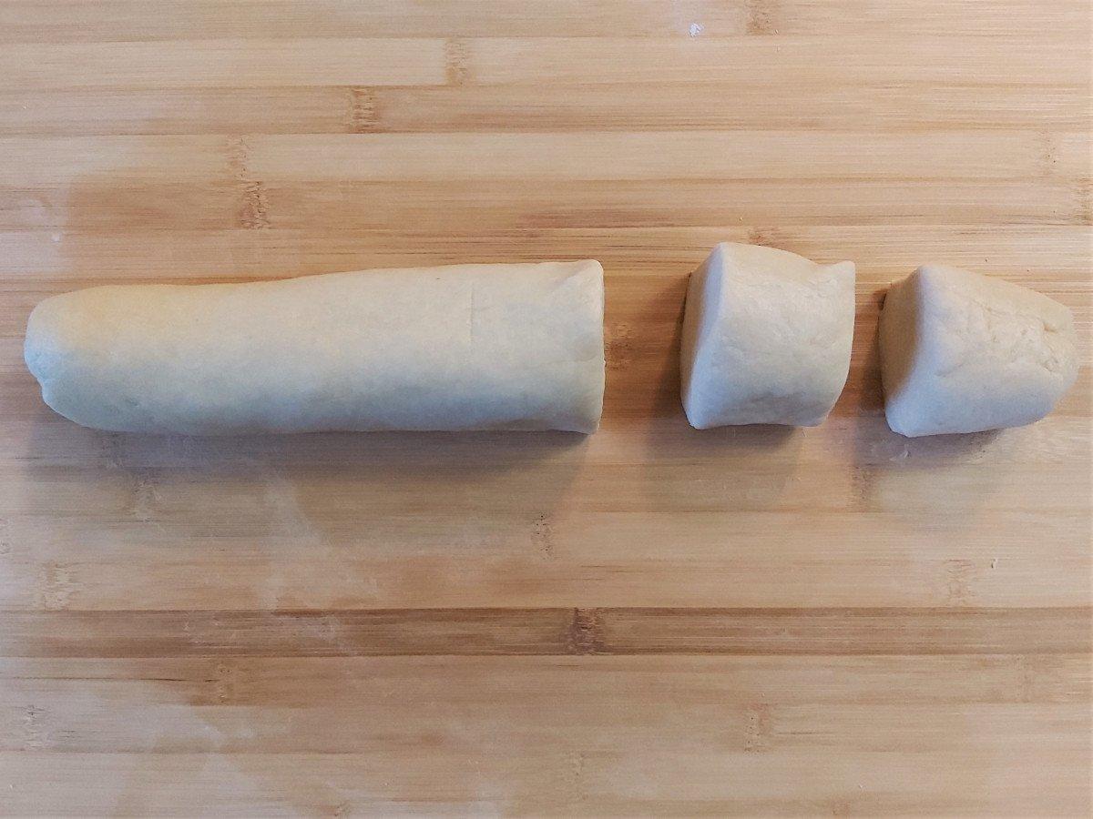 piadina romagnola dzielenie ciasta na części