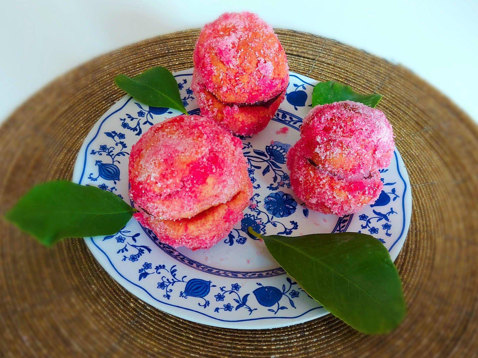 słodkie brzoskwinki z alchermes
